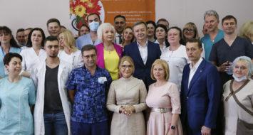 Юлія Тимошенко відвідала Олександрівську лікарню в Києві напередодні Дня медика