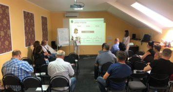 IRI спільно з Центром політичної освіти ВО «Батьківщина» провели семінар